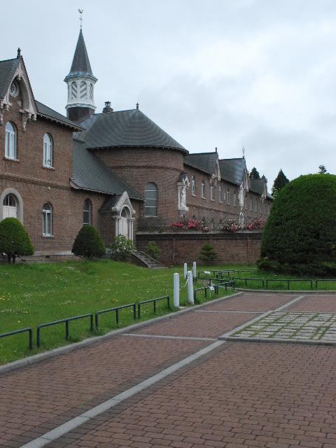 函館トラピスチヌ修道院(函館の建築再見)_f0142606_19544871.jpg