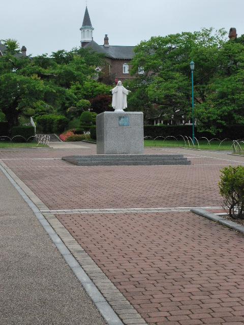 函館トラピスチヌ修道院(函館の建築再見)_f0142606_2022919.jpg
