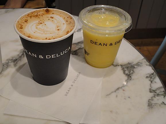 DEAN&DELUCAでお茶_e0230011_2319485.jpg