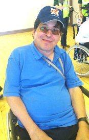 車椅子サッカーを楽しむグリニッチの仲間たち_c0016826_23253824.jpg