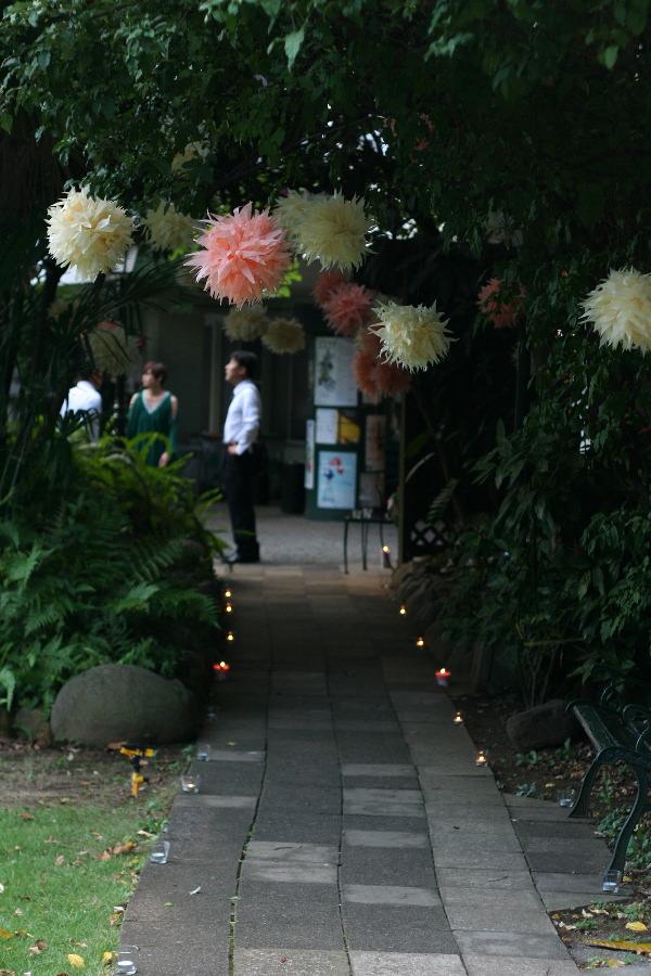 飯田橋ラ・ブラスリー様の装花 夏の終わり、秋のはじめ くすだまにあわせて _a0042928_22473318.jpg