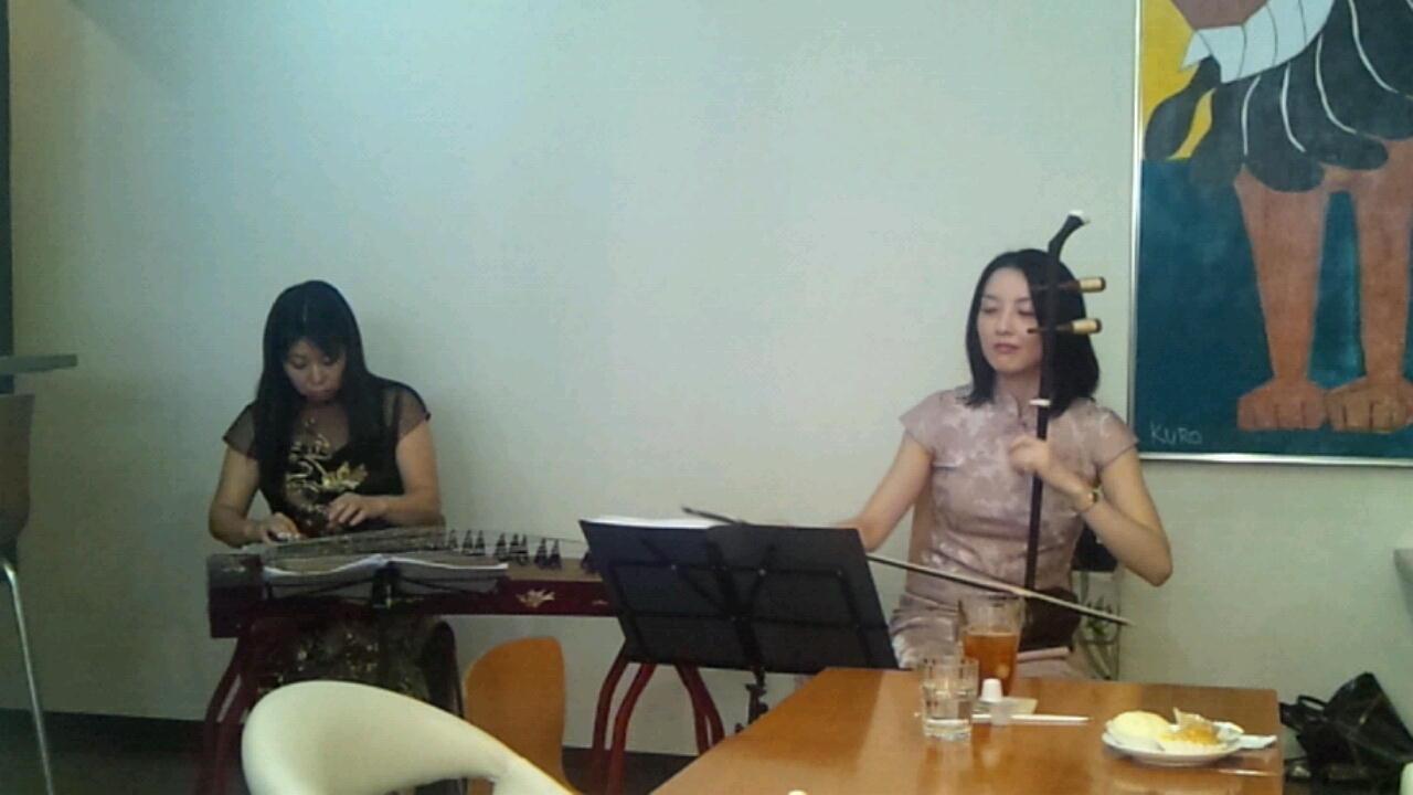 ニコニコ楽坊さんの演奏会_a0175348_1927621.jpg