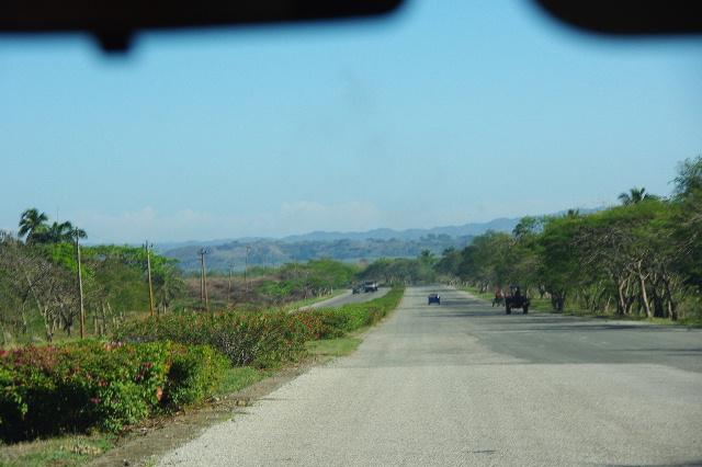 キューバ (56) サンティアゴ・デ・クーバからビランへ_c0011649_7265566.jpg