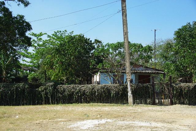 キューバ (56) サンティアゴ・デ・クーバからビランへ_c0011649_7361187.jpg