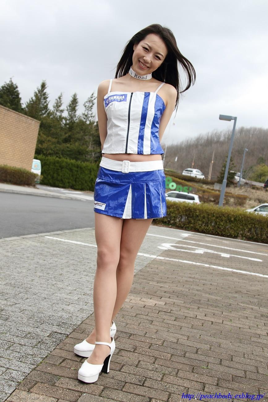 小林未来 さん(タイYAMAHAチーム レースクイーン) その5_c0215885_21481757.jpg