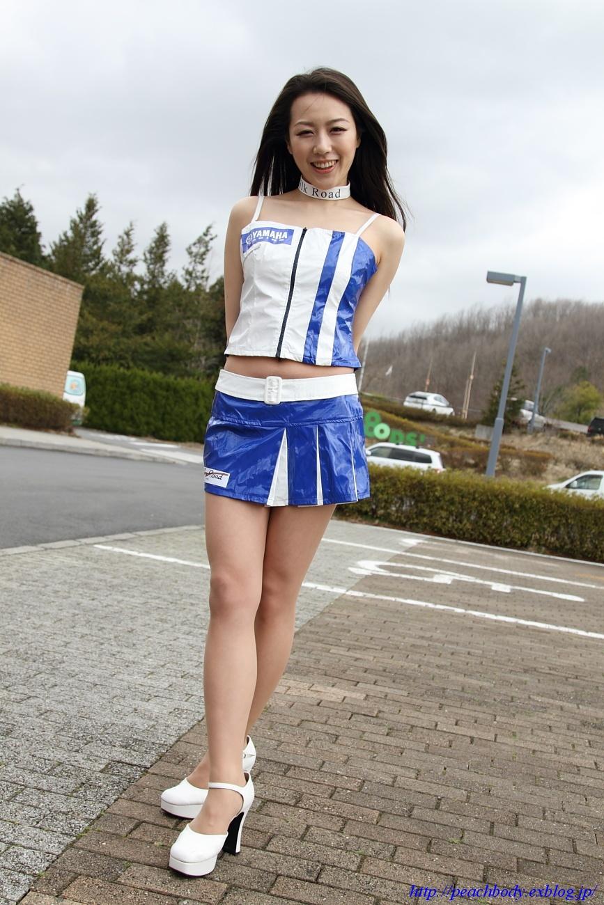 小林未来 さん(タイYAMAHAチーム レースクイーン) その5_c0215885_21482773.jpg