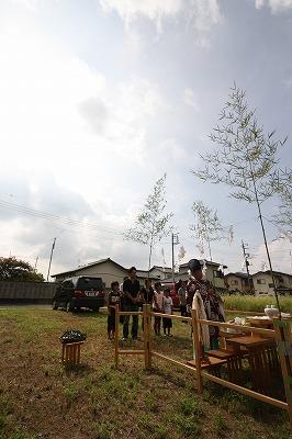 伊勢崎市美茂呂町   O島様 地鎮祭おめでとうございます。_a0084859_10202465.jpg
