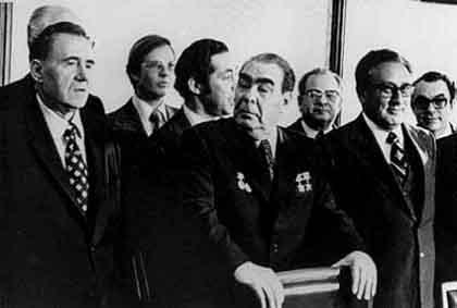 超富豪の権力のための社会主義 by G・アレン&L・エブラハム 4 一つの杜会主義的な世界政府_c0139575_52844.jpg