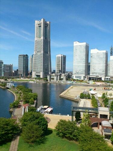 日本最大の港町、横浜港より (^-^)/_b0032617_10422079.jpg