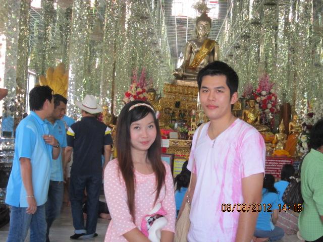 タイの庶民の結婚式_b0100062_144375.jpg