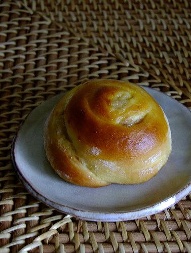 「表参道 246COMMON(コモン) パン・オ・スリールの自家製酵母パン」_a0000029_159030.jpg