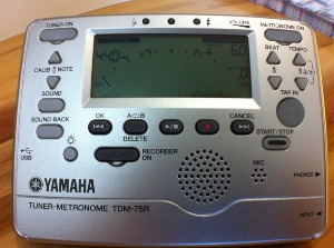 10月13日発売予定 ヤマハTDM-75R_a0194062_1644778.jpg