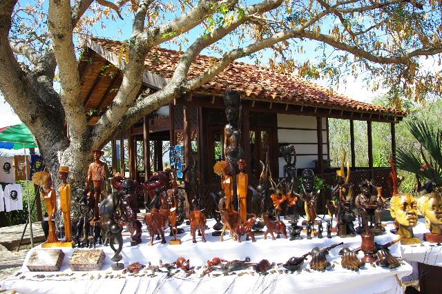 キューバ (61) モロ要塞の土産屋通りをぽれぽれと・・・_c0011649_23581261.jpg