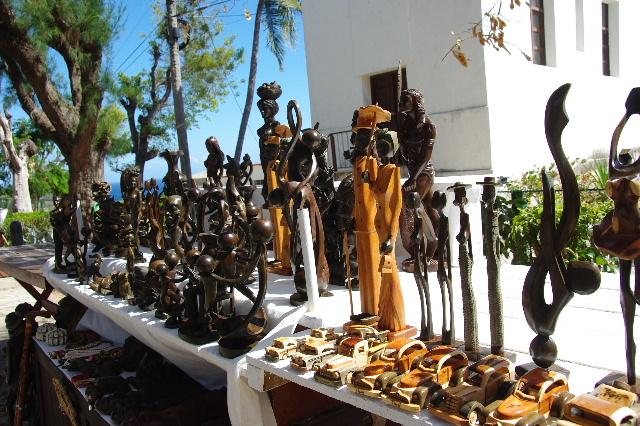 キューバ (61) モロ要塞の土産屋通りをぽれぽれと・・・_c0011649_23594631.jpg