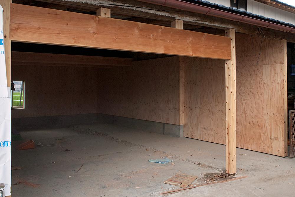 大型納屋の雨漏り対策と補強 〜その2〜_a0163962_933591.jpg