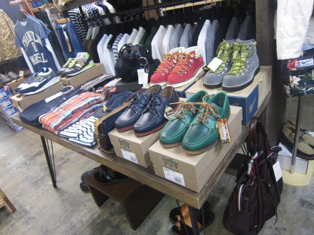 US 本格Moccasin 入荷♪ By EastLand ・・・ FALMOUTH Moccasin_d0152280_20254613.jpg