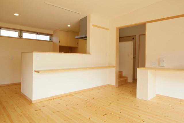 I型キッチン+大工さん工事:アイデアボックス第11回_a0117794_13323883.jpg