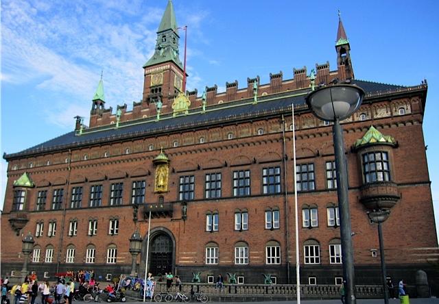 私流 コペンハーゲンの歩き方 _d0106242_11511337.jpg