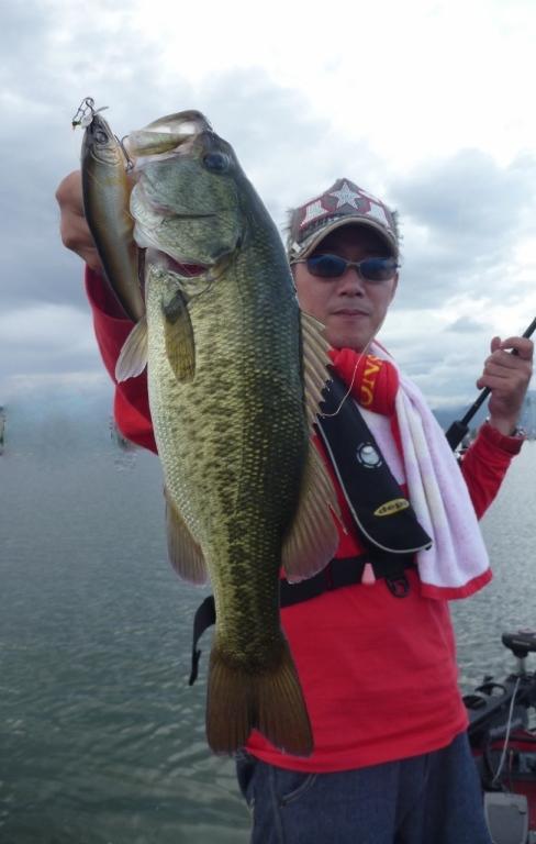 琵琶湖TEST釣行記 『秋になってきてます!』_d0145899_23485795.jpg