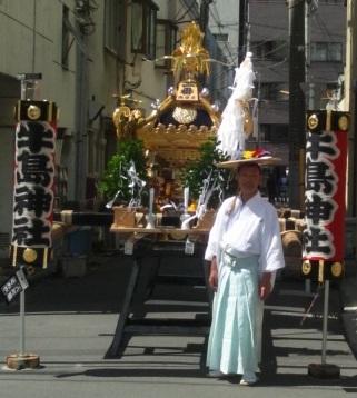 牛嶋神社大祭 ~鳳輦(ほうれん)牛車各町巡行編~_c0223001_11272257.jpg