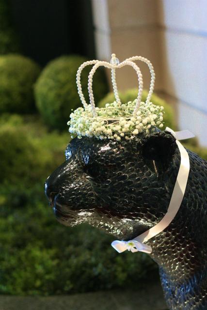 シェ松尾青山サロン様の装花 ユリカサブランカのエントランス_a0042928_17583958.jpg