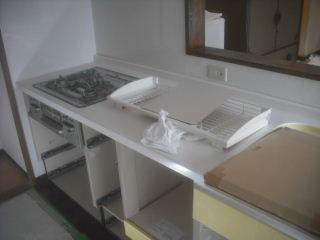 緊急工事・・・キッチン_f0031037_19234245.jpg