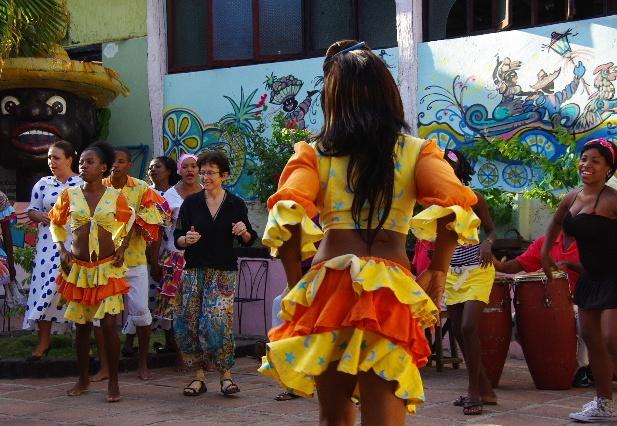 キューバ (64) カーニバル博物館のアフロ・キューバン・ダンス_c0011649_23292692.jpg
