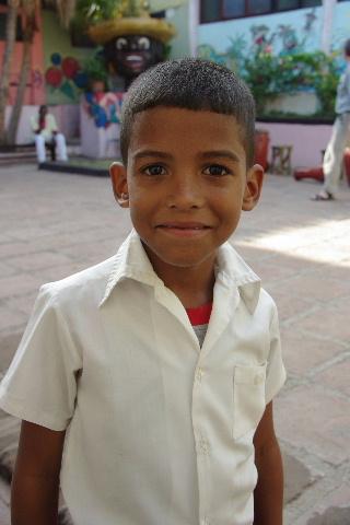 キューバ (64) カーニバル博物館のアフロ・キューバン・ダンス_c0011649_2357694.jpg