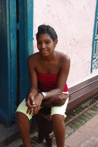 キューバ (63) カーニバル博物館とスタッフとダンサー_c0011649_5534270.jpg