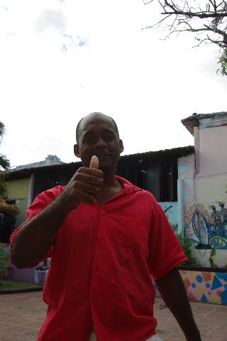 キューバ (63) カーニバル博物館とスタッフとダンサー_c0011649_684016.jpg