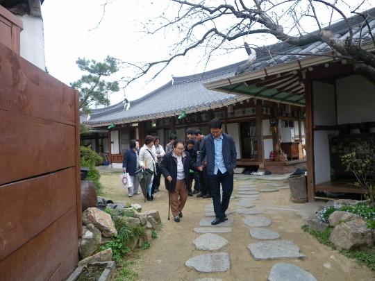 秋祭り  そして大津の教会に続いて営農祭りに行かせて頂きました_b0100062_21142859.jpg