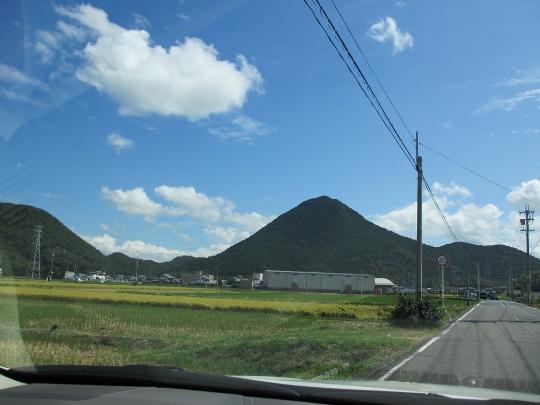 秋祭り  そして大津の教会に続いて営農祭りに行かせて頂きました_b0100062_2195878.jpg