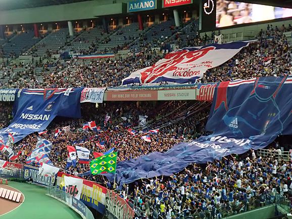 サッカー観戦@横浜_e0230011_11133977.jpg
