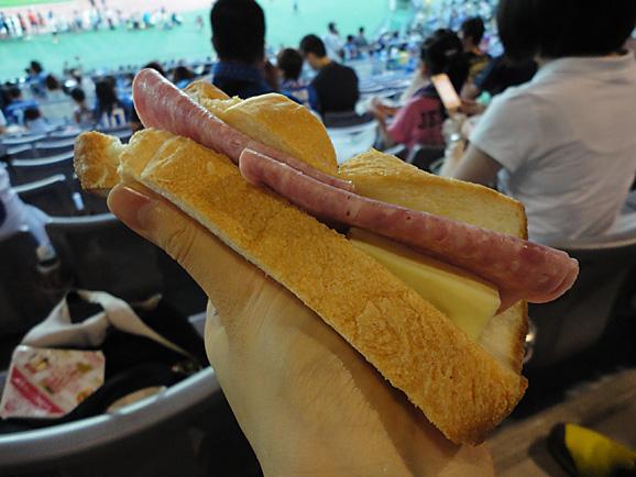 サッカー観戦@横浜_e0230011_11154677.jpg