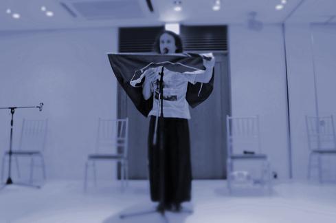 「六本木詩人会交差点2012組み立てる時間」で『わたしの掌を台座とし』朗読@ホテルアイビス六本木_f0006713_19233249.jpg