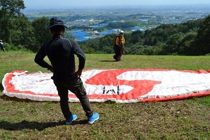 里見・天神山パラグライダー大会・2012_e0228938_21183282.jpg
