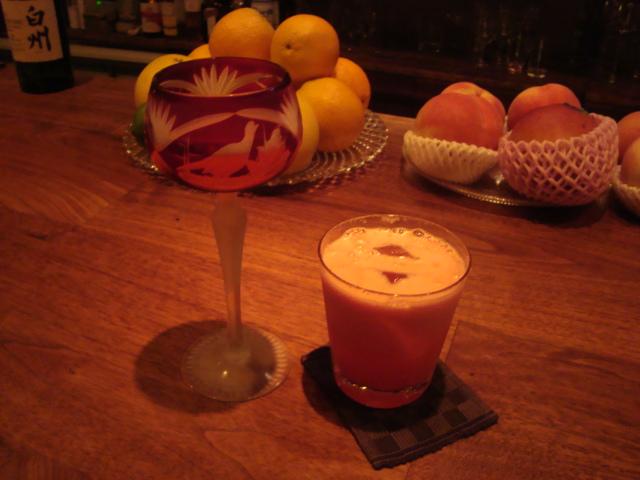 中野「Bar Caravin」へ行く。_f0232060_1728457.jpg
