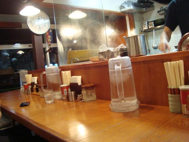 西荻窪「北海道ラーメン 幌ト」へ行く。_f0232060_18271439.jpg