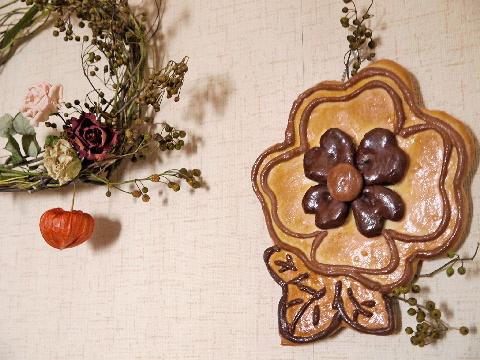 野イバラと壁掛けパンを飾る☆_e0086864_22192184.jpg