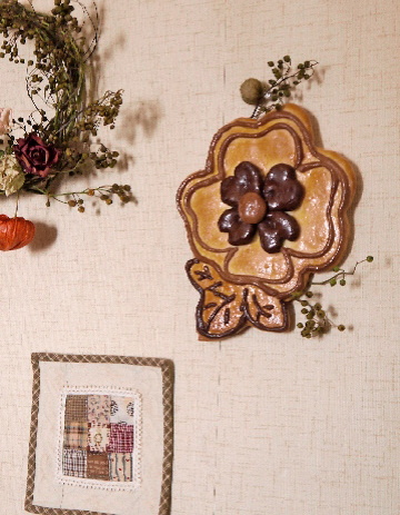 野イバラと壁掛けパンを飾る☆_e0086864_22194052.jpg