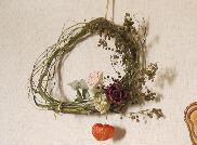 野イバラと壁掛けパンを飾る☆_e0086864_22273290.jpg