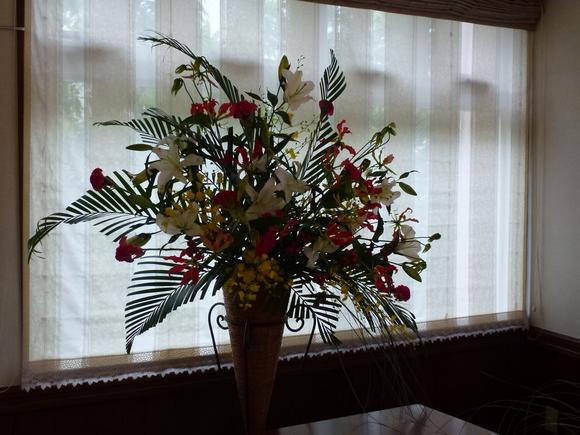 沖縄台風!と楽しい花展&セミナー_f0095325_22241100.jpg