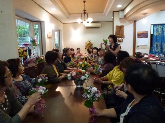 沖縄台風!と楽しい花展&セミナー_f0095325_2263656.jpg