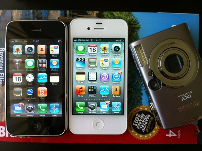 my iphones and ixy900is_a0048719_8575266.jpg