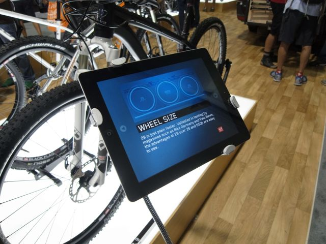 Interbike Expoが始まりました!_e0069415_10385299.jpg