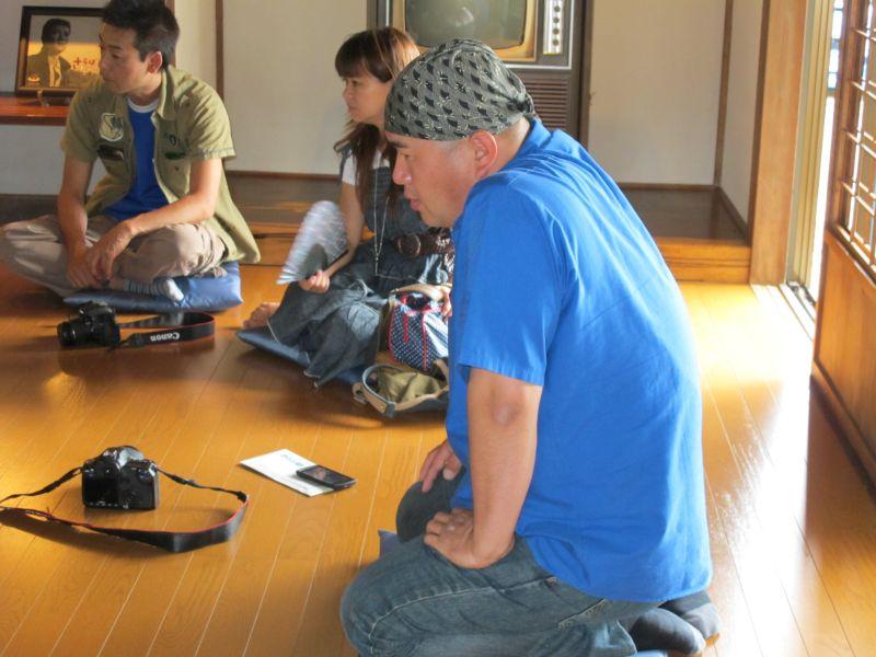22Bオーナーズミーティング 2012 テレビ局の取材を受ける_f0076731_11413512.jpg
