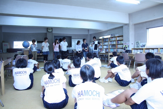 佐渡市立羽茂中学校にてワークショップ「Why do we study?」を実施しました。_c0167632_13382012.jpg
