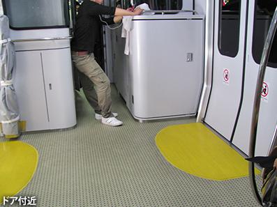 博多レポート9 JR九州817系3000番車両_c0167961_1182787.jpg