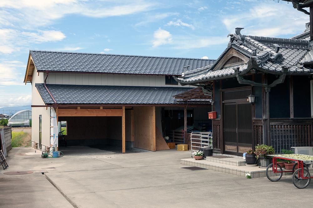大型納屋の雨漏り対策と補強 〜その3〜_a0163962_112087.jpg