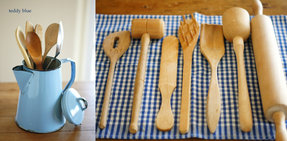 coffee pots & kitchen utensils  コーヒーポットの使い方_e0253364_1073326.jpg